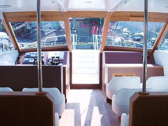 クルーザー型遊覧船「グレイスⅡ」